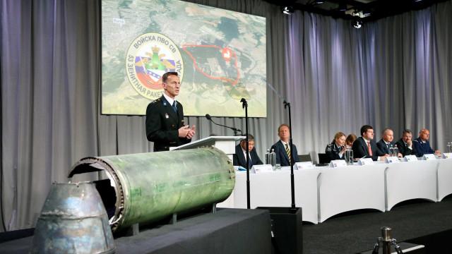 'Voo MH17 foi abatido por míssil russo', diz investigação