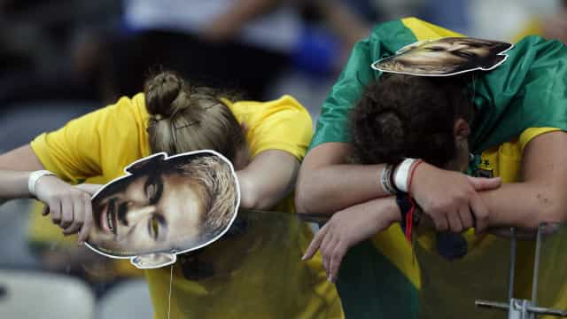 Jogos do Brasil na Copa não serão feriados; acordo com empresas é opção