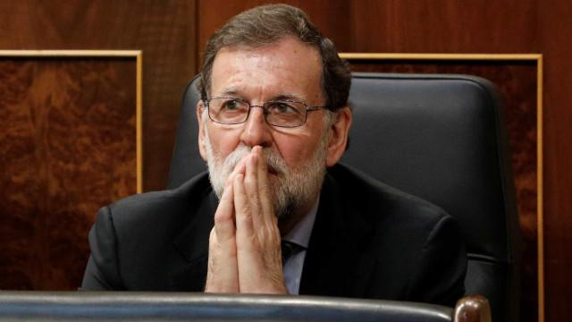 Escândalo ameaça derrubar primeiro-ministro da Espanha