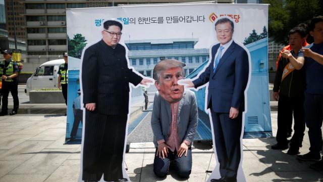 Líderes das duas Coreias se reúnem em encontro surpresa