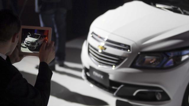 Carros compactos dominam vendas e Chevrolet Onix amplia liderança