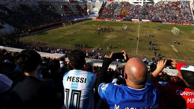 Com Messi festejado, último treino aberto da Argentina reúne 30 mil