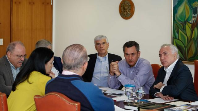 Temer e ministros discutem adoção de medidas imediatas em SP