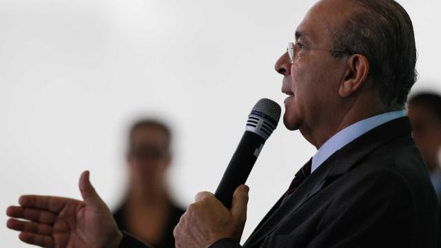 Padilha diz que governo não estuda mexer em preços da Petrobras