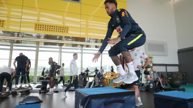 Seleção faz treino físico na manhã desta terça; veja imagens