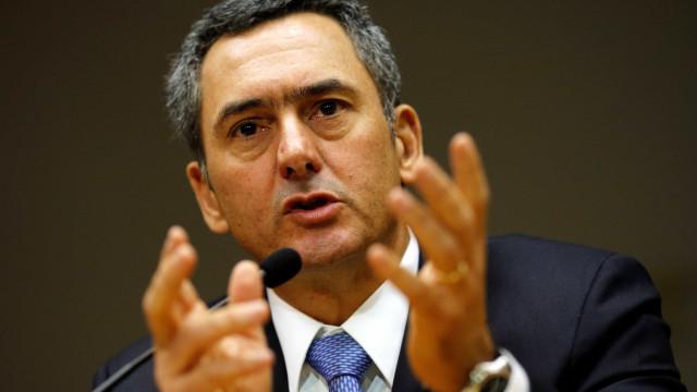 Ministro da Fazenda critica propostas de Bolsonaro para a economia