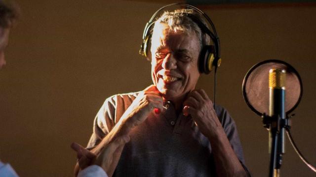 Artistas brasileiros cantam em clipe 'Manifestação'; veja