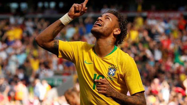 Bruna Marquezine comemora retorno espetacular de Neymar; veja