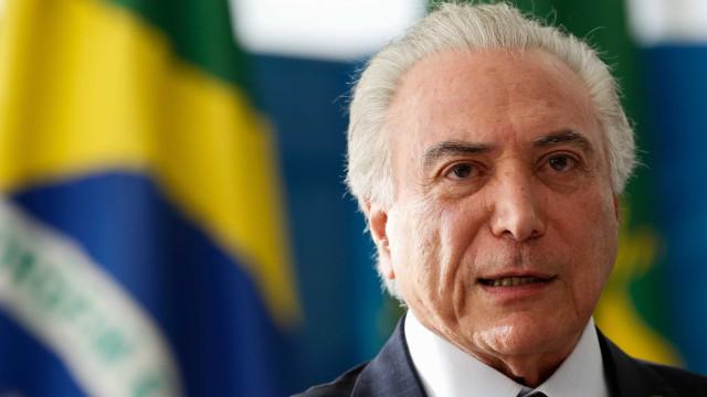 Gestão Temer quer base do ensino médio em 2018 mesmo após protestos