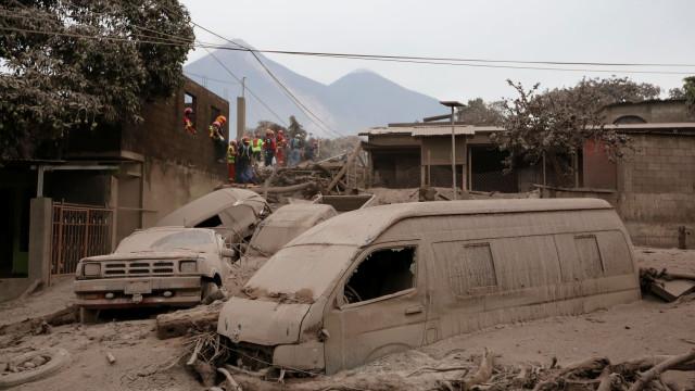 Guatemala: cinzas, lágrimas e luta pela sobrevivência após nova erupção