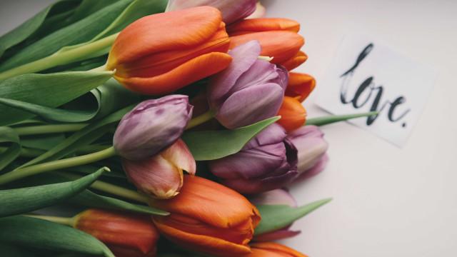 12 sinais óbvios que provam que alguém te ama muito
