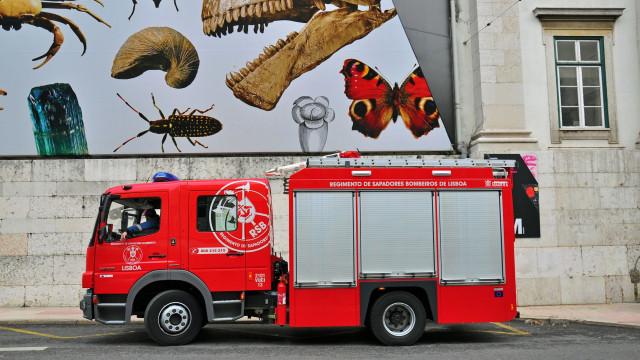 Desabamento em Lisboa faz ao menos um morto e um ferido