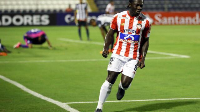 Atlético-MG está próximo de anunciar meia colombiano como reforço