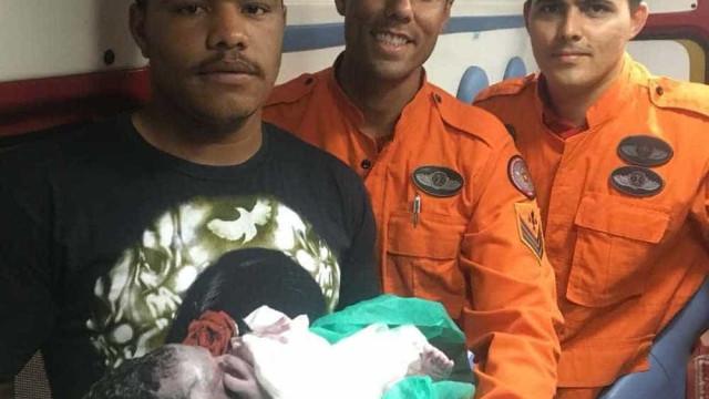 Bombeiros do DF fazem quatro partos a caminho do hospital em 48h