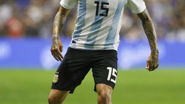 Jogador da Argentina sofre grave lesão e está fora da Copa do Mundo