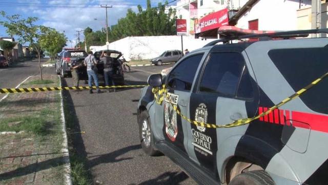 Perseguição termina com suspeito morto, 3 presos e ciclista atropelado