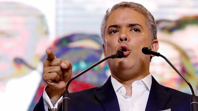 Presidente eleito da Colômbia diz que acordo com Farc será corrigido