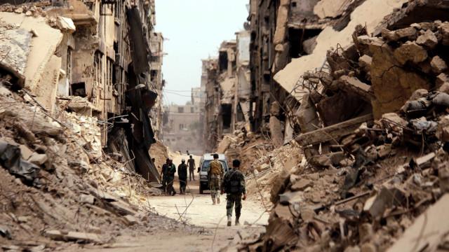 ONU acusa governo sírio e rebeldes de crimes de guerra em Ghouta