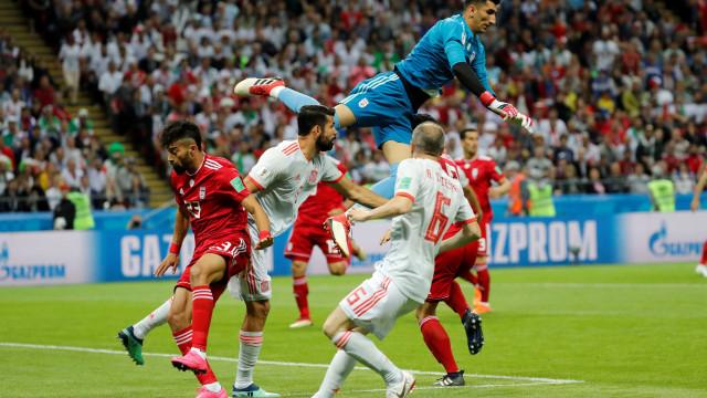 Espanha abre o placar contra o Irã pelo Grupo B da Copa