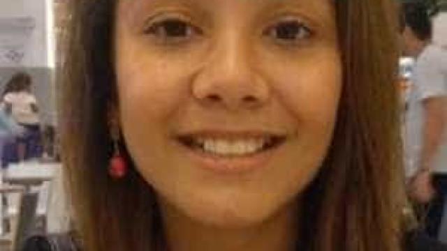Polícia faz perícia em terceiro carro suspeito de ter levado Vitória