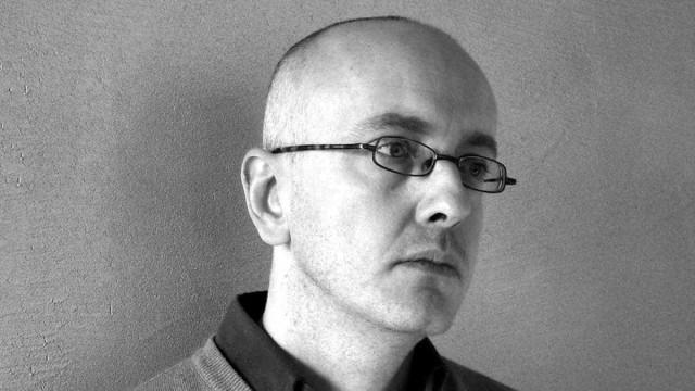 Daniele Giglioli interroga a mitologia da máquina vitimária em livro