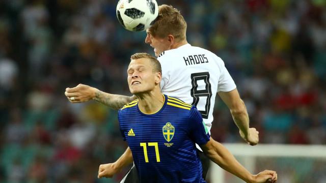 Alemanha marca e deixa tudo igual contra a Suécia