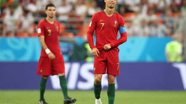 CR7 perde pênalti, mas Portugal se classifica com empate diante do Irã