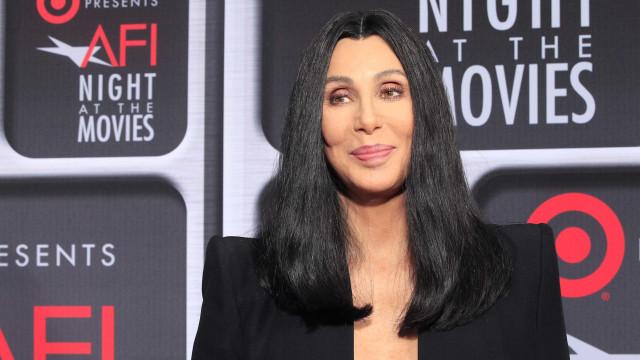 Aos 72 anos, Cher revela seu peso e o segredo para se manter jovem