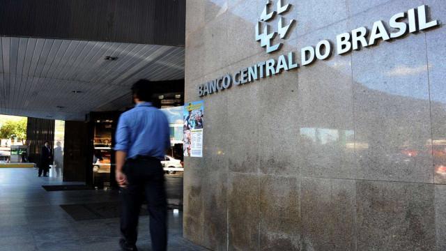 Bolsonaro cogita cinco nomes para BC, caso Ilan não queira ficar