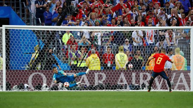 Rússia vence a Espanha nos pênaltis e vai às quartas de final da Copa
