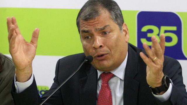 Justiça do Equador dá ordem para prisão preventiva de Rafael Correa