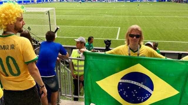 Torcedor misterioso que virou meme no Brasil é jovem russo