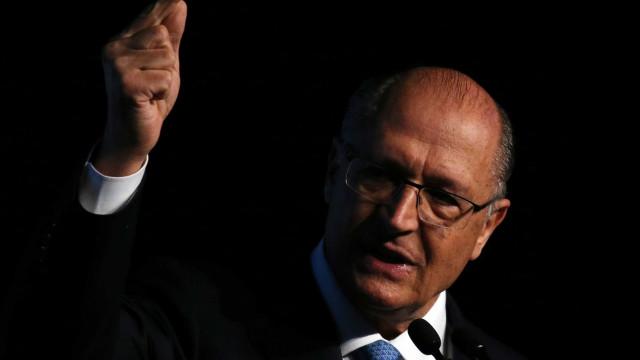 Se ganharmos, economia cresce 4% no ano que vem, diz Alckmin