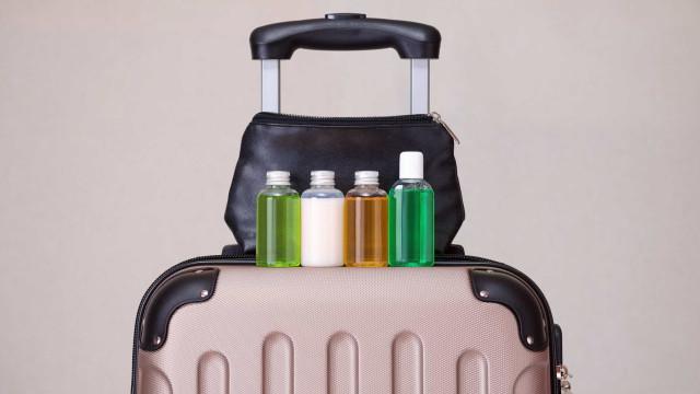 4 dicas para otimizar a organização da necessaire de viagem