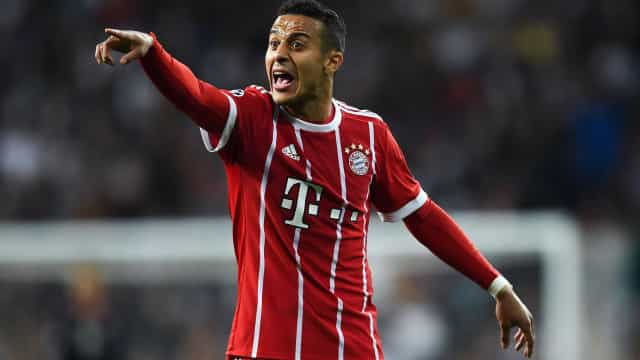 Thiago Alcântara pede ao Bayern para negociá-lo com o Barcelona