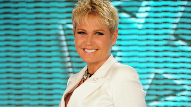 Xuxa lamenta morte de fã argentino que infartou ao vê-la em aeroporto