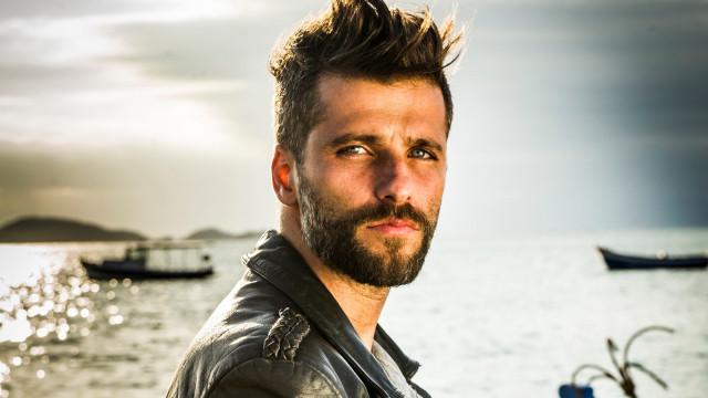 Gagliasso lembra beijo gay gravado, mas vetado em novela: 'Foi climão'