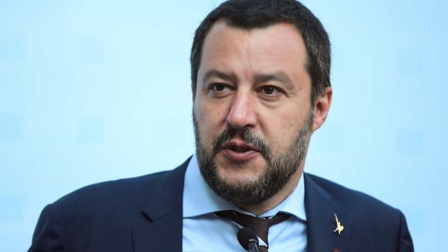 Ministro italiano diz que sanções da UE contra Rússia são 'absurdas'