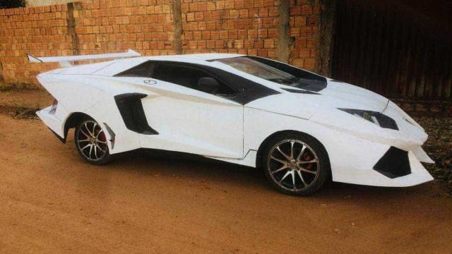 Pedreiro transforma Uno em Lamborghini e faz sucesso no interior de MT