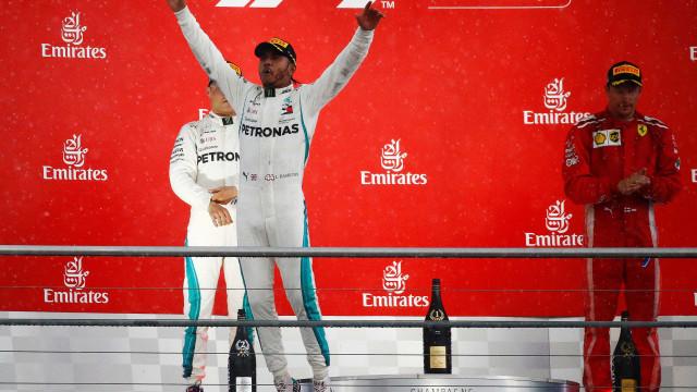 Hamilton aproveita erro de Vettel e vence GP da Alemanha
