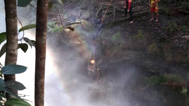 Corpo de turista que caiu ao fazer selfie em cachoeira é encontrado