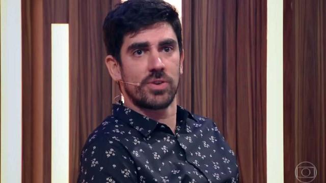 Marcelo Adnet se emociona com apresentação do pai na TV