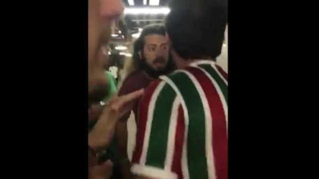 Torcida do Fluminense tenta agredir apresentador do SporTV no Maracanã
