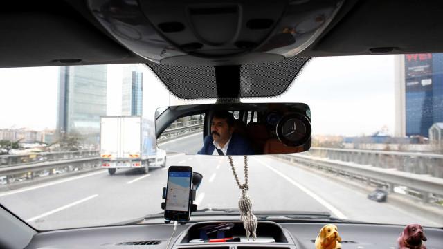 Uber desativa 'POOL' e cria novo serviço de corrida compartilhada