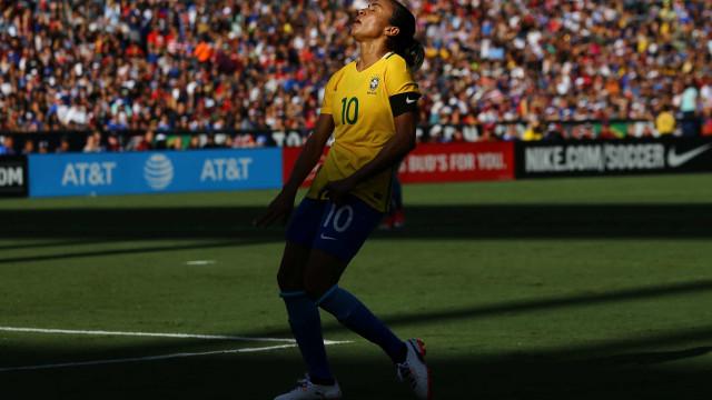 Sorteio dos grupos da Copa América terá presenças de Marta e Ronaldinho