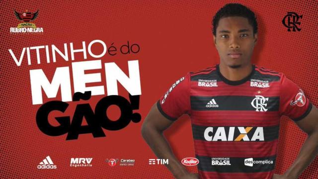 Flamengo anuncia a contratação do atacante Vitinho, do CSKA