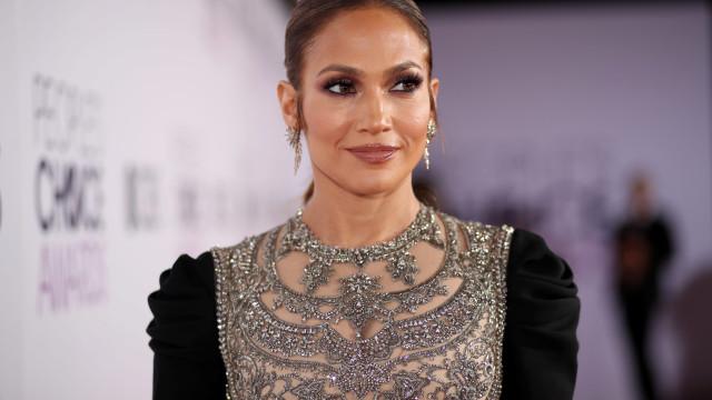 Segurança de Jennifer Lopez atropela fotógrafo
