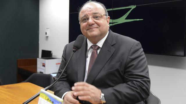 Lava Jato quer carta de fiança de Vaccarezza