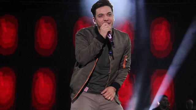 Apesar de polêmicas, Safadão recebe R$ 1 milhão para cantar em PE