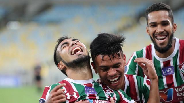 Com gol olímpico no fim, Flu derrota o Defensor na Sul-Americana